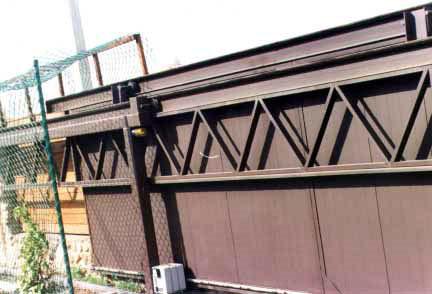 Ворота со средней балкой своими руками 81