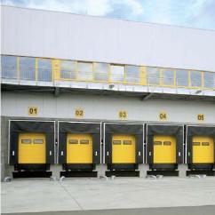 Двустенные стальные ворота Hormann SPU 40 с хорошей теплоизоляцией.